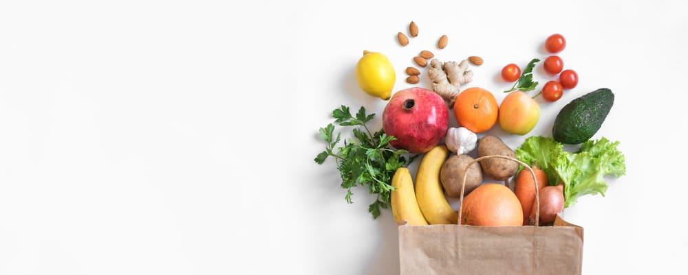 sacola de feira com economia e saúde